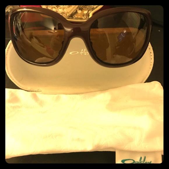oakley accessories womens necessity sunglasses poshmark rh poshmark com